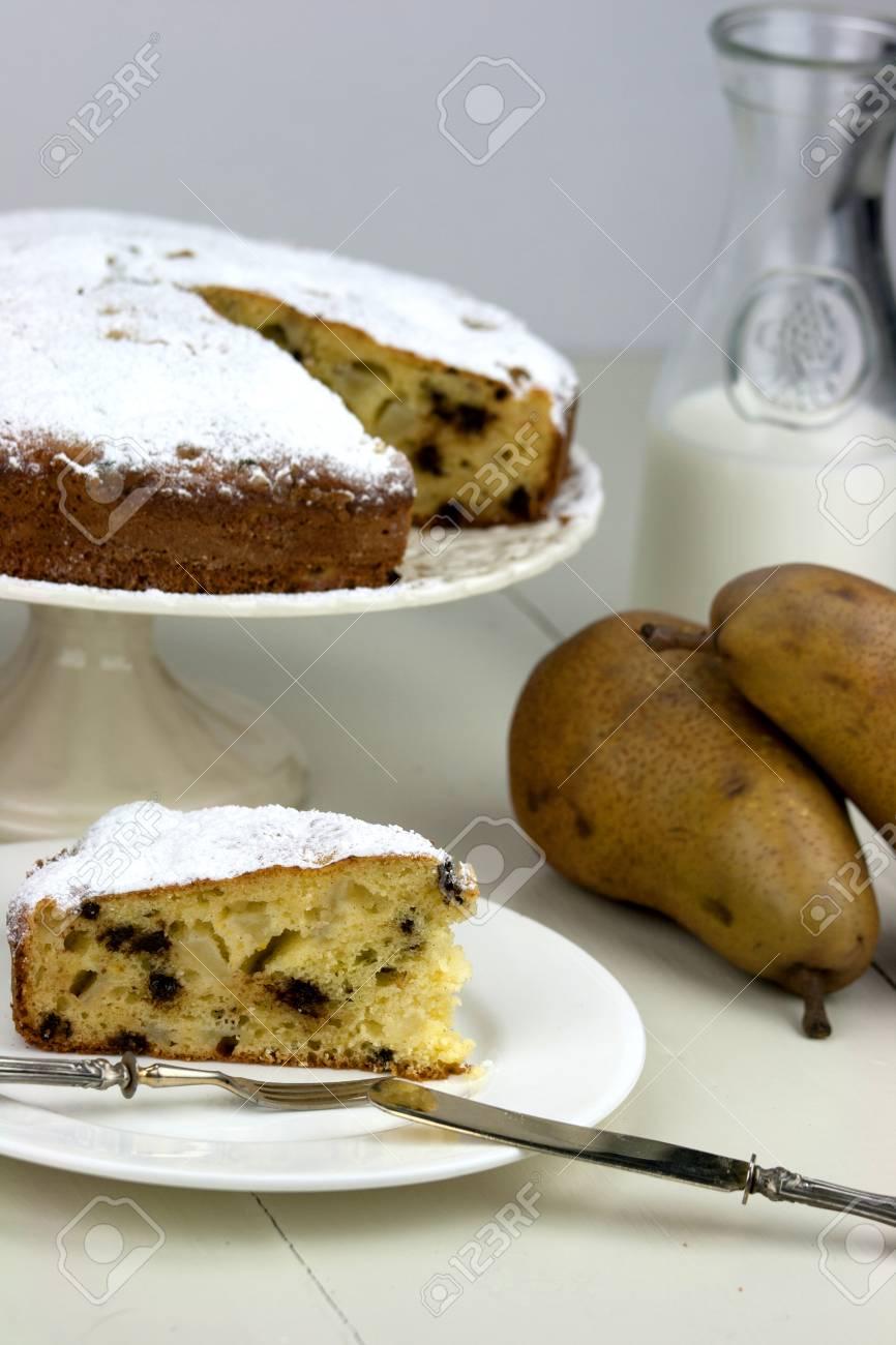 Italienische Kuchen Mit Ricotta Birnen Und Schokolade Tropfen Auf