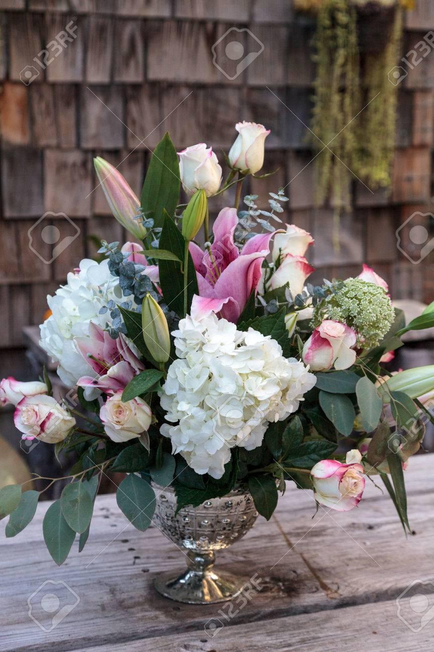 Hochzeit Bouquet Aus Weissen Und Rosa Blumen Einschliesslich Rosen