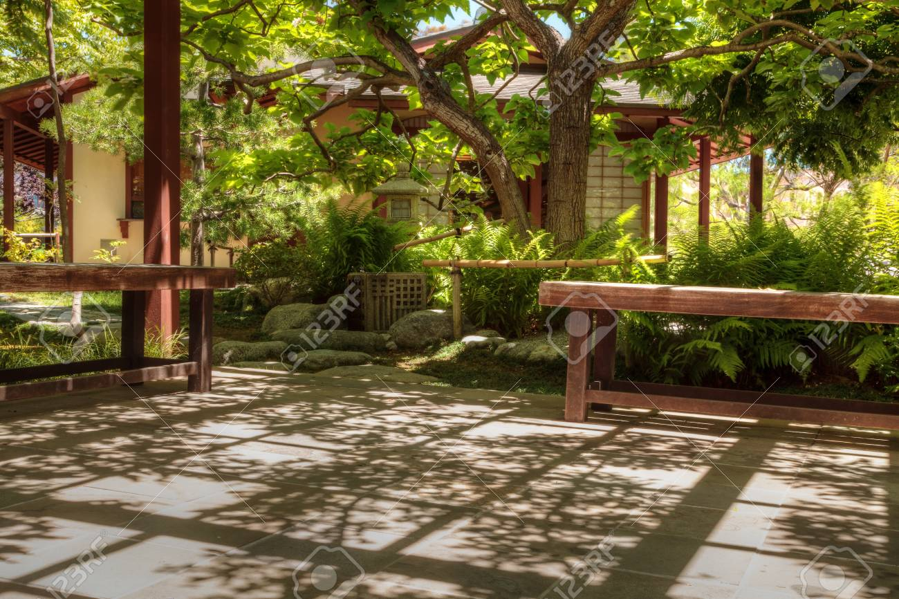San Diego, CA, USA - May 20, 2017: Tranquil Japanese Friendship ...