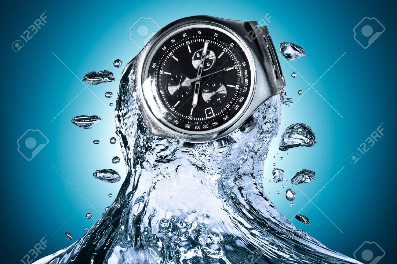 Watch water resistant - 29651933