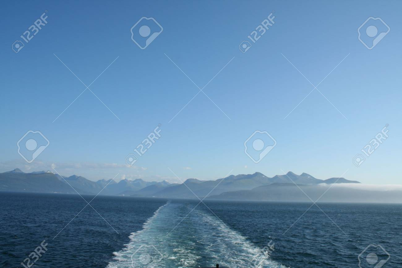 beautiful lanscapes from norwegian fjords  in the summer - europe travel Stock Photo - 981932