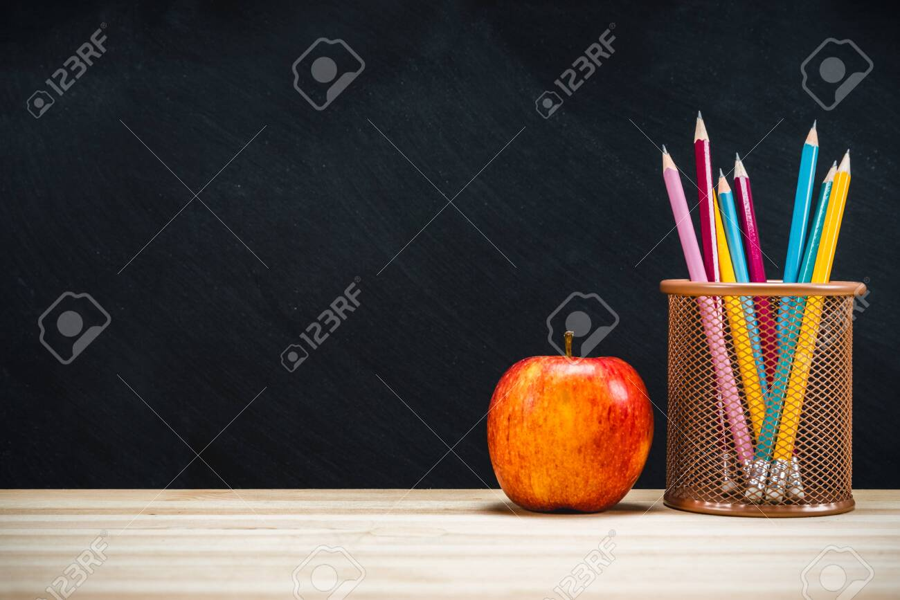 Background education concept. Back to school with copy space. - 122569462