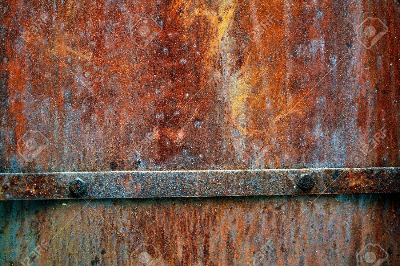 Grunge vintage rusty metal plate texture, backgound image Stock Photo - 6398097