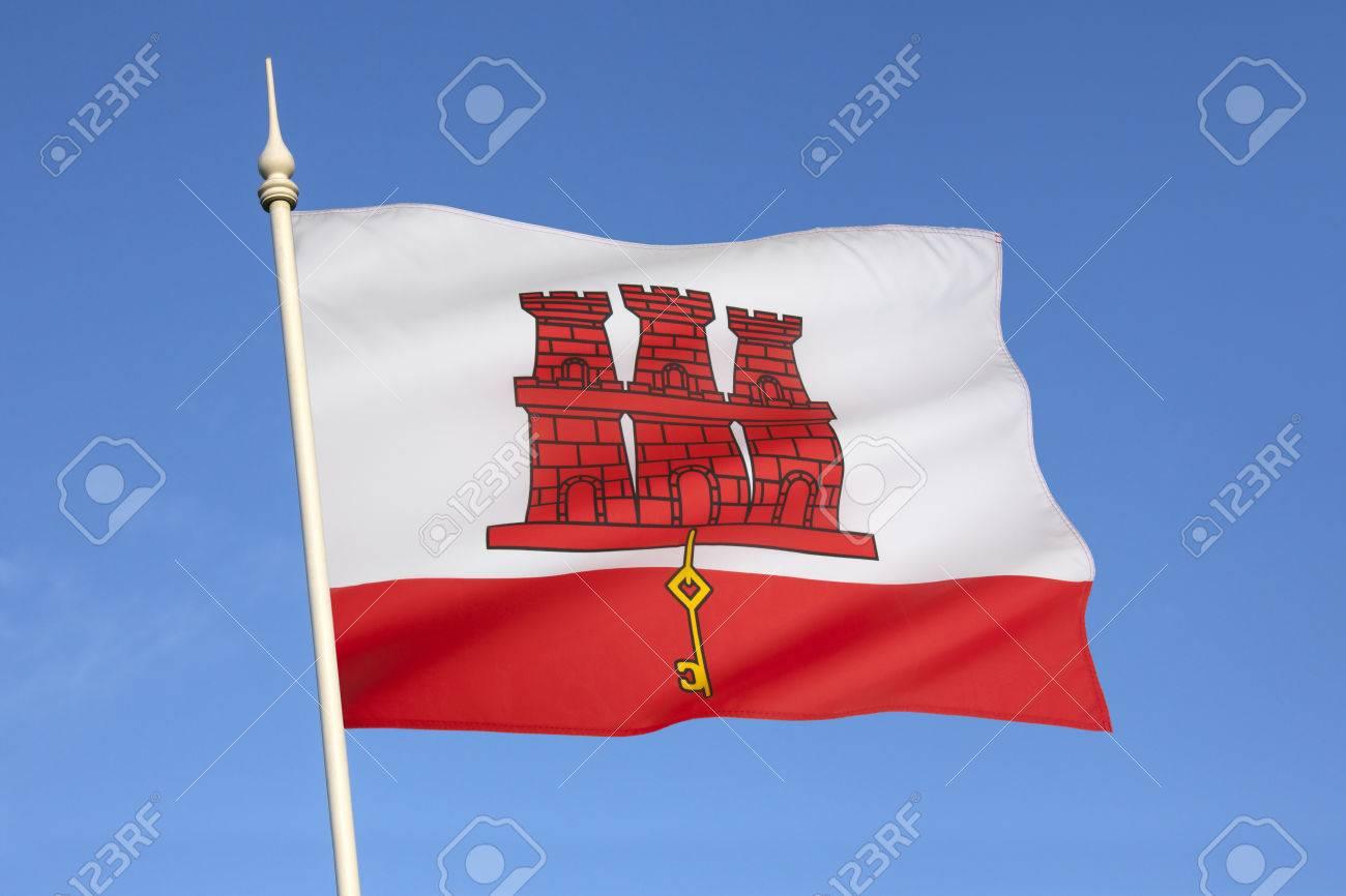 Immagini Stock La Bandiera Di Gibilterra è Un Banner Allungata