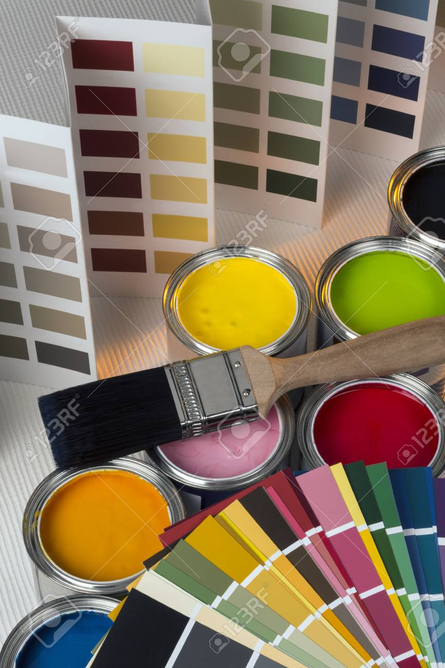 Painting and decorating - Color charts and tester pots - 40065881