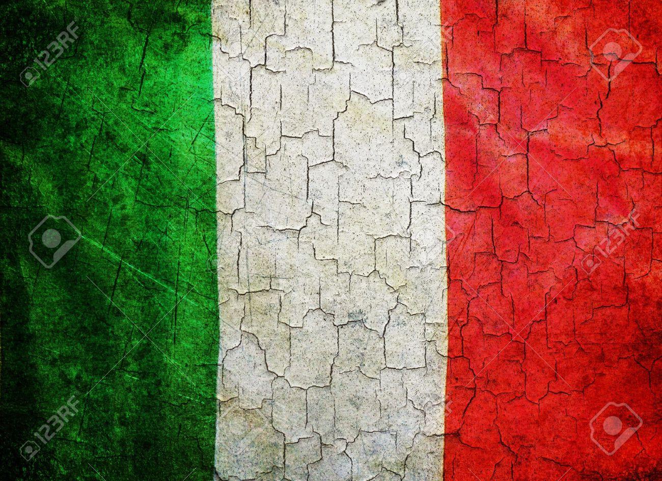 Italy flag on a cracked grunge background - 12066299