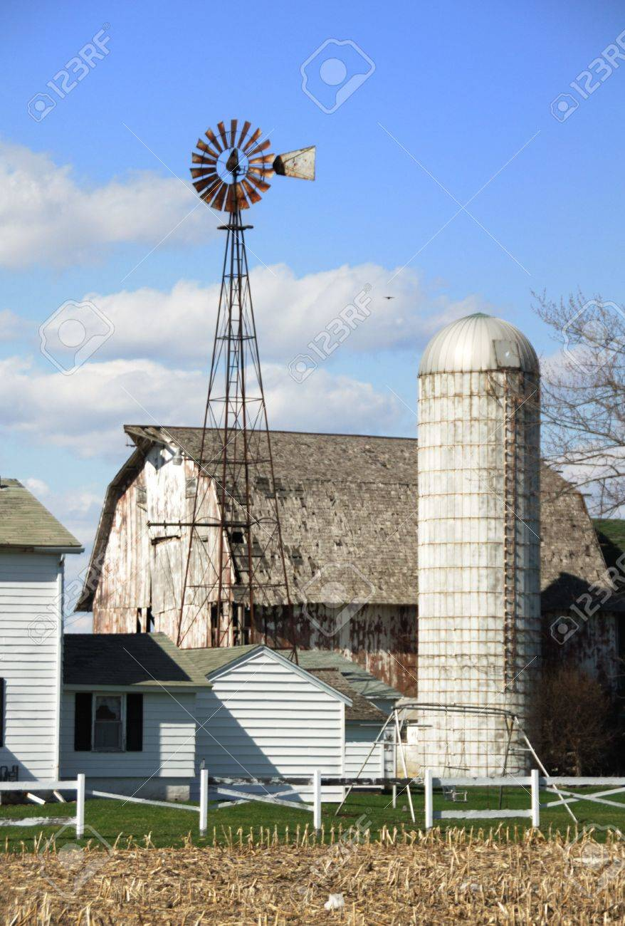 Windmill, Old Barn, and Silo (vertical) Stock Photo - 5193200