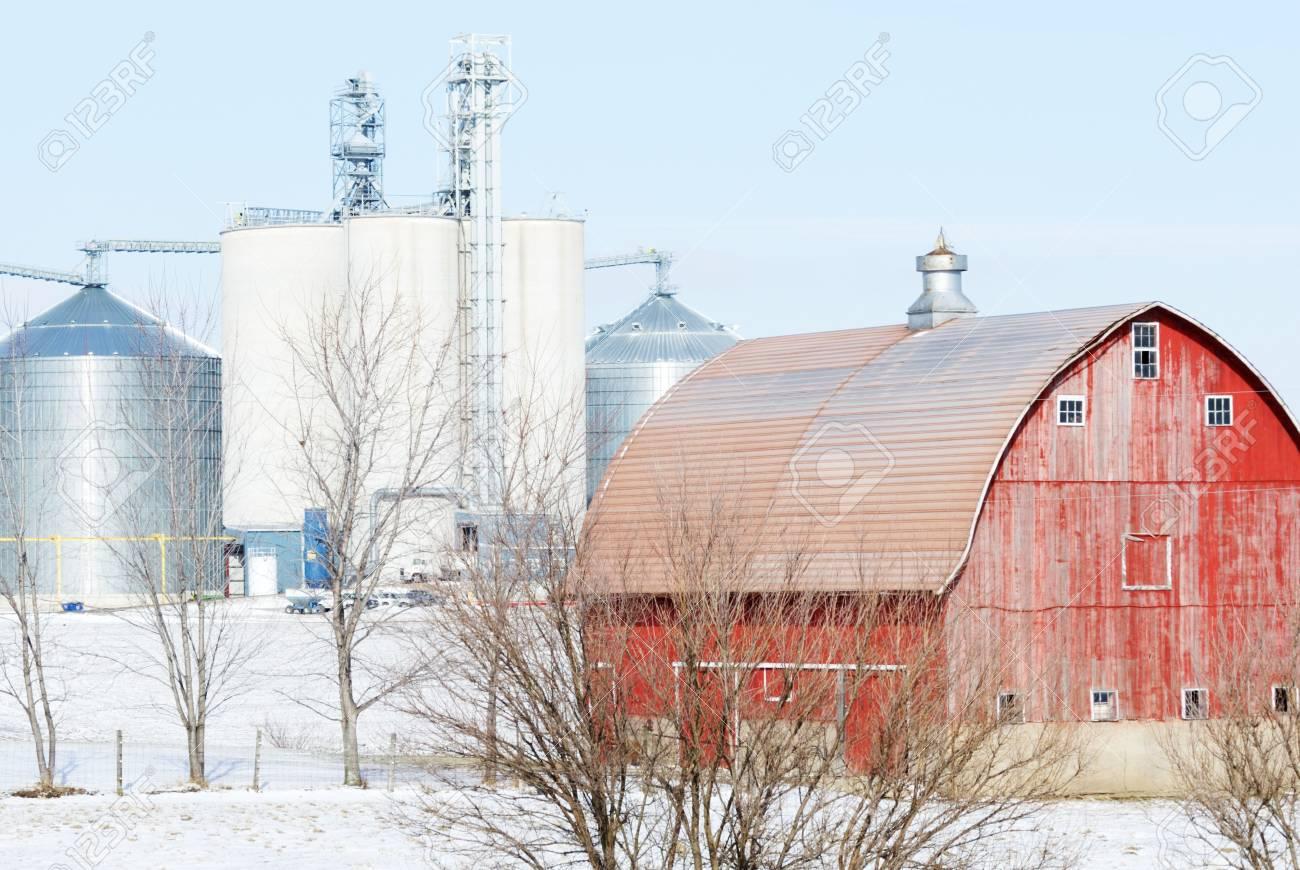 Farm in the Snow Stock Photo - 7374670