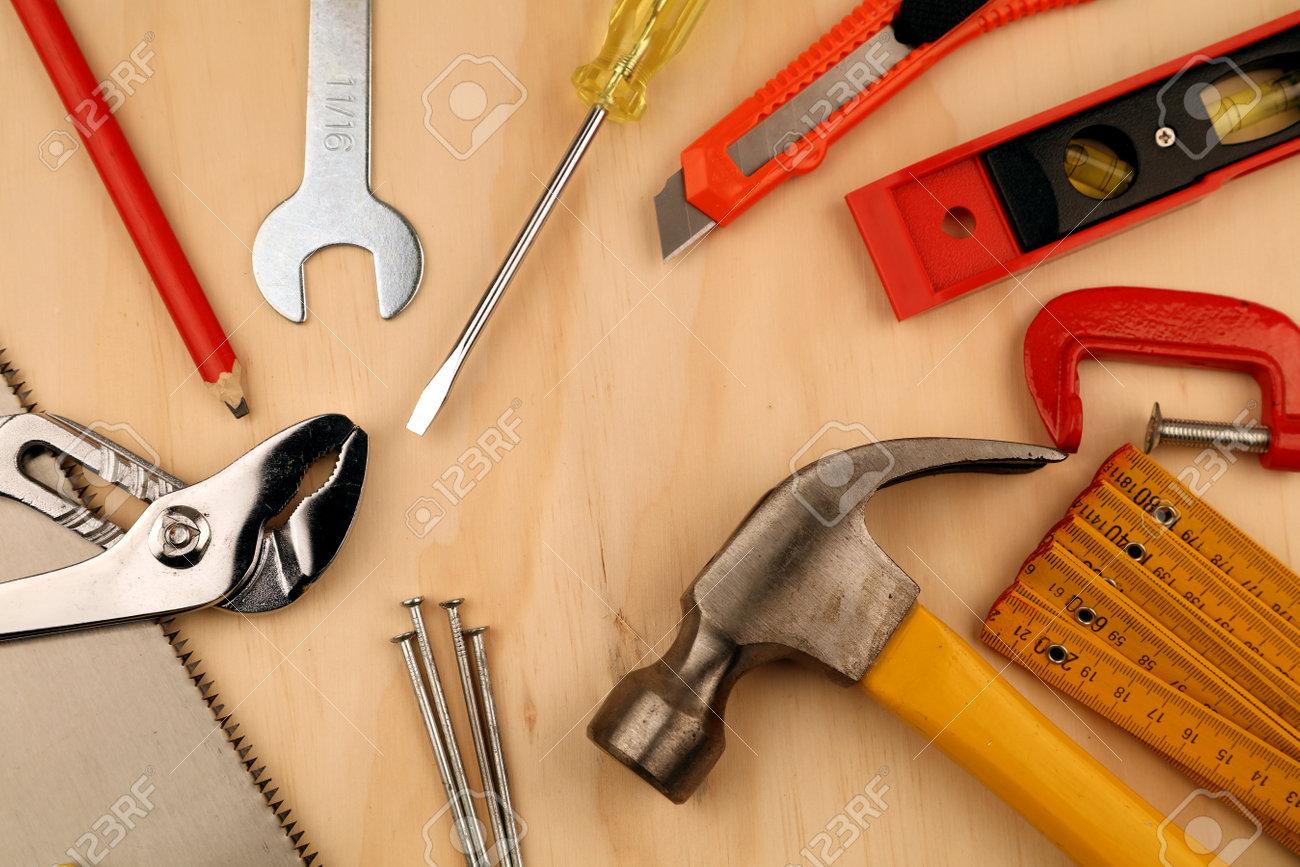 Assorted work tools on wood - 168985284