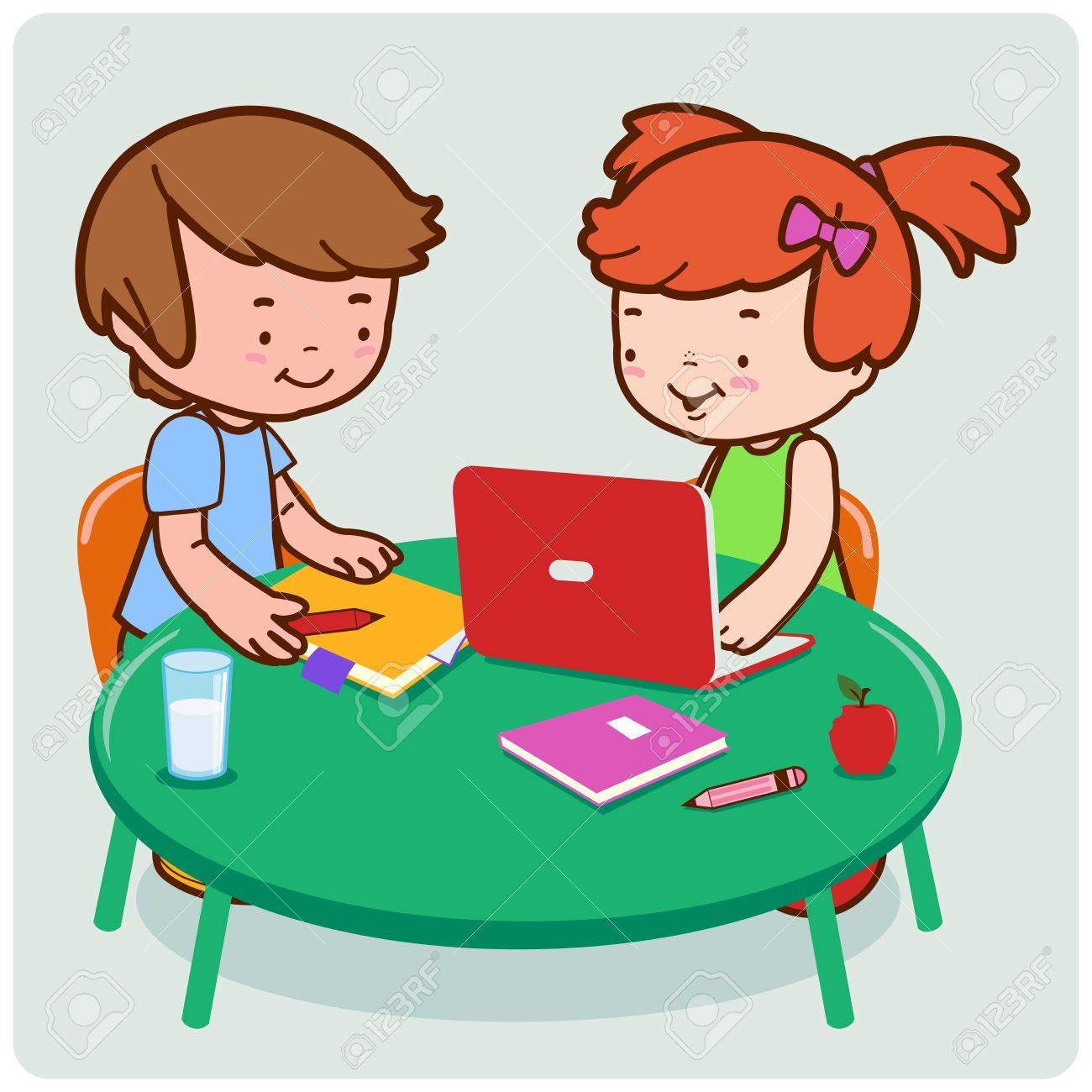 Kinder Studenten Im Internet Für Ihre Hausaufgaben Zu Forschen ...