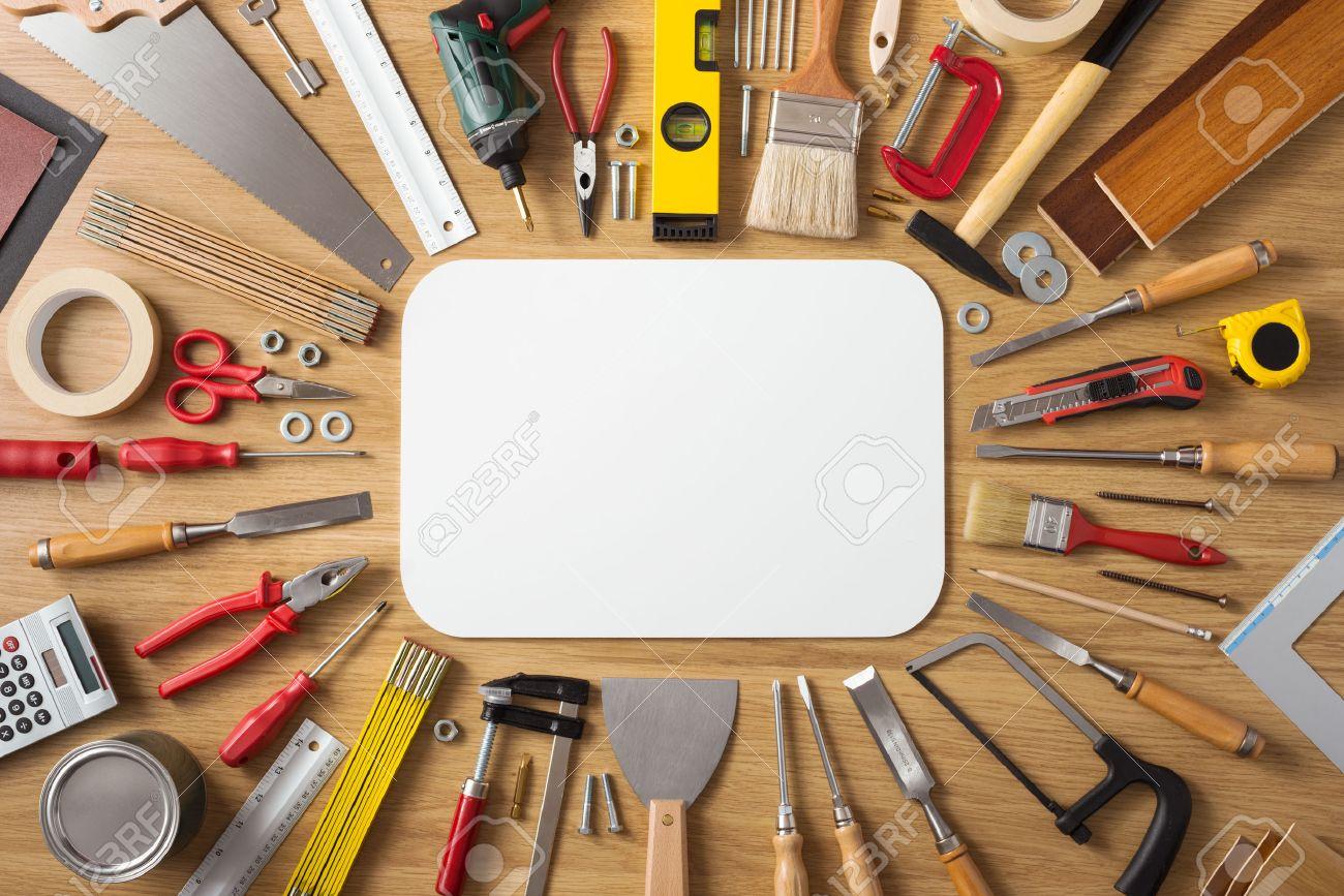 bannire de bricolage et de rnovation de la maison avec des outils de travail et de