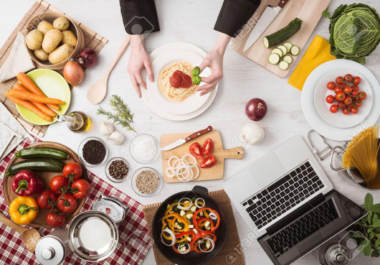 Italiaanse keuken royalty vrije foto's, plaatjes, beelden en stock ...