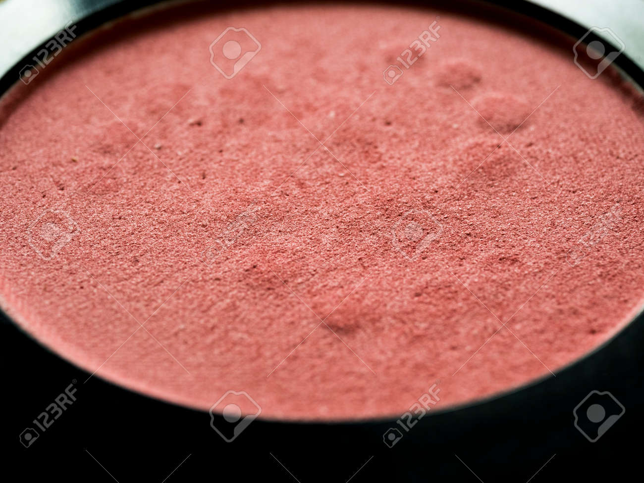 Macro of used blush on in package. - 170462127