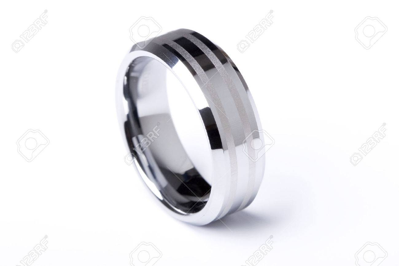 A Mens Plain Wedding Ring Band Made Out Of Silver And Gold On