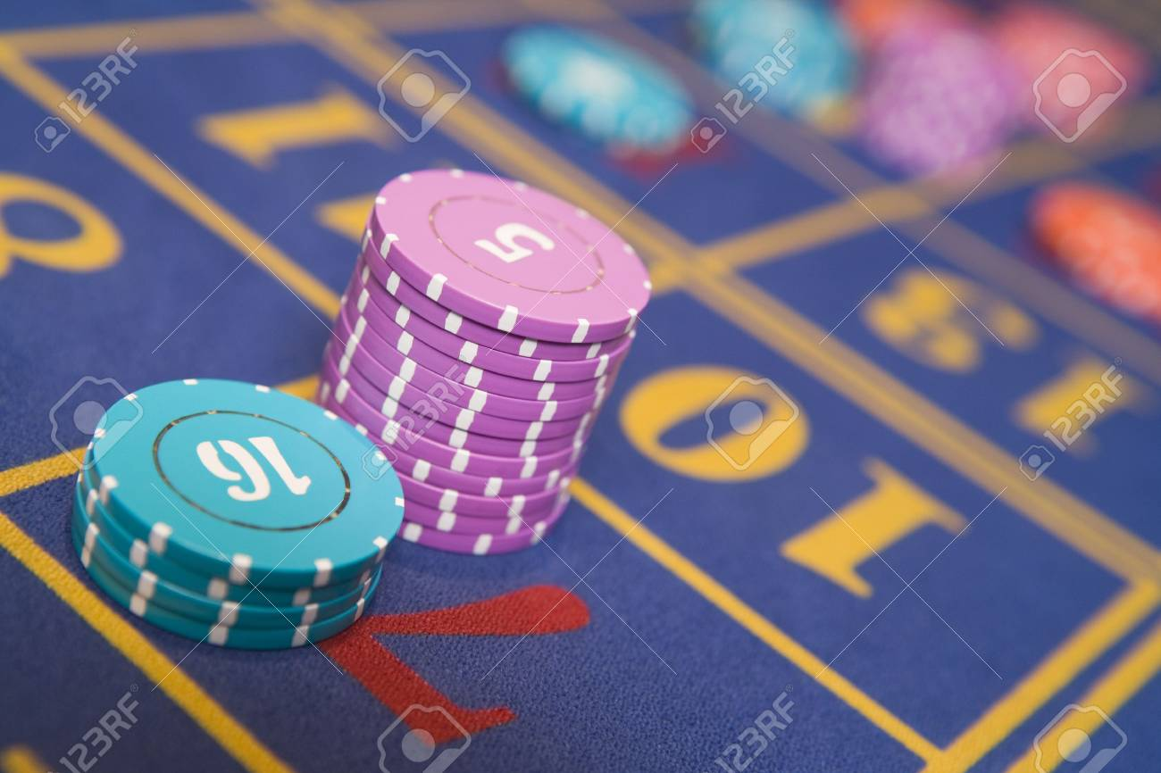 Chips on a roulette table (selective focus/close up) Stock Photo - 3194491