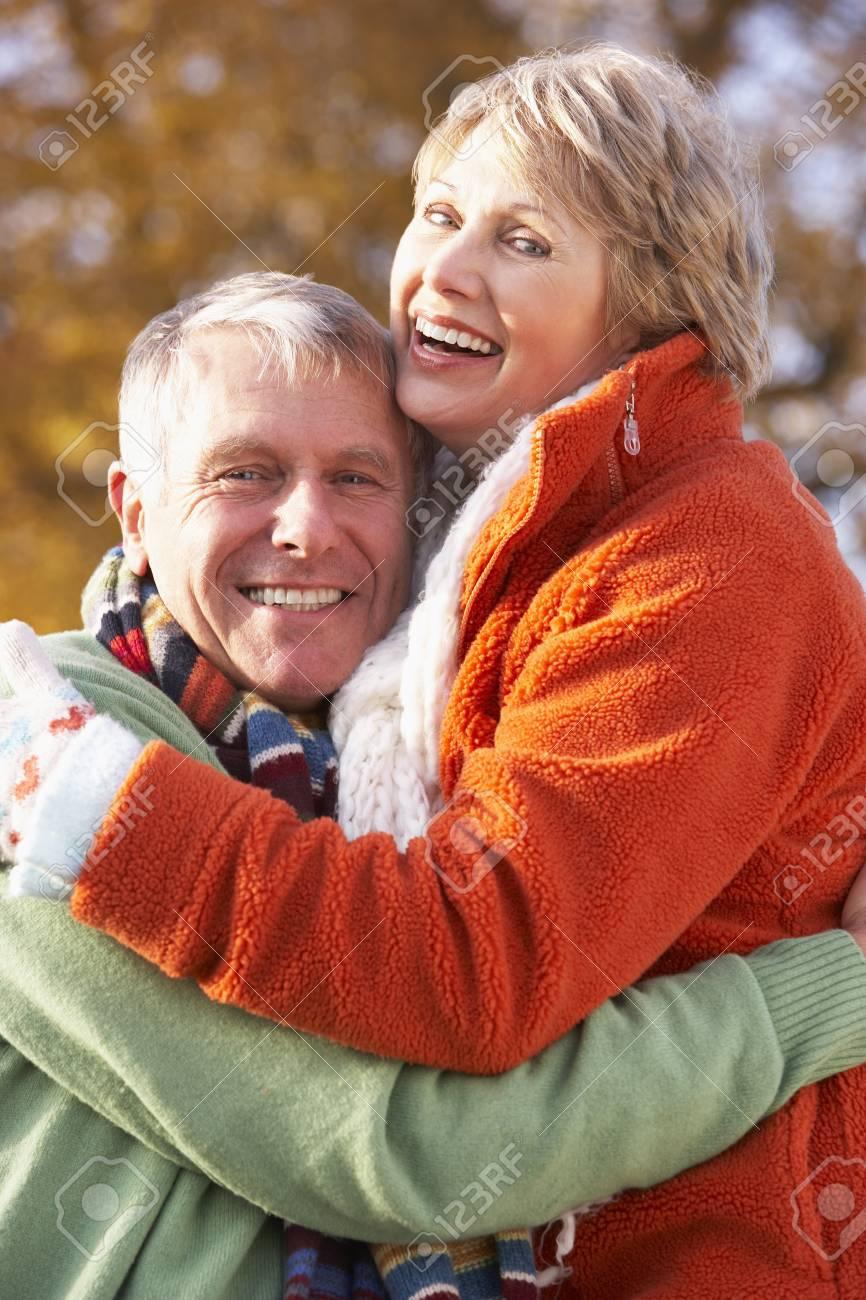 Portrait Of Senior Couple Hugging Stock Photo - 4547664
