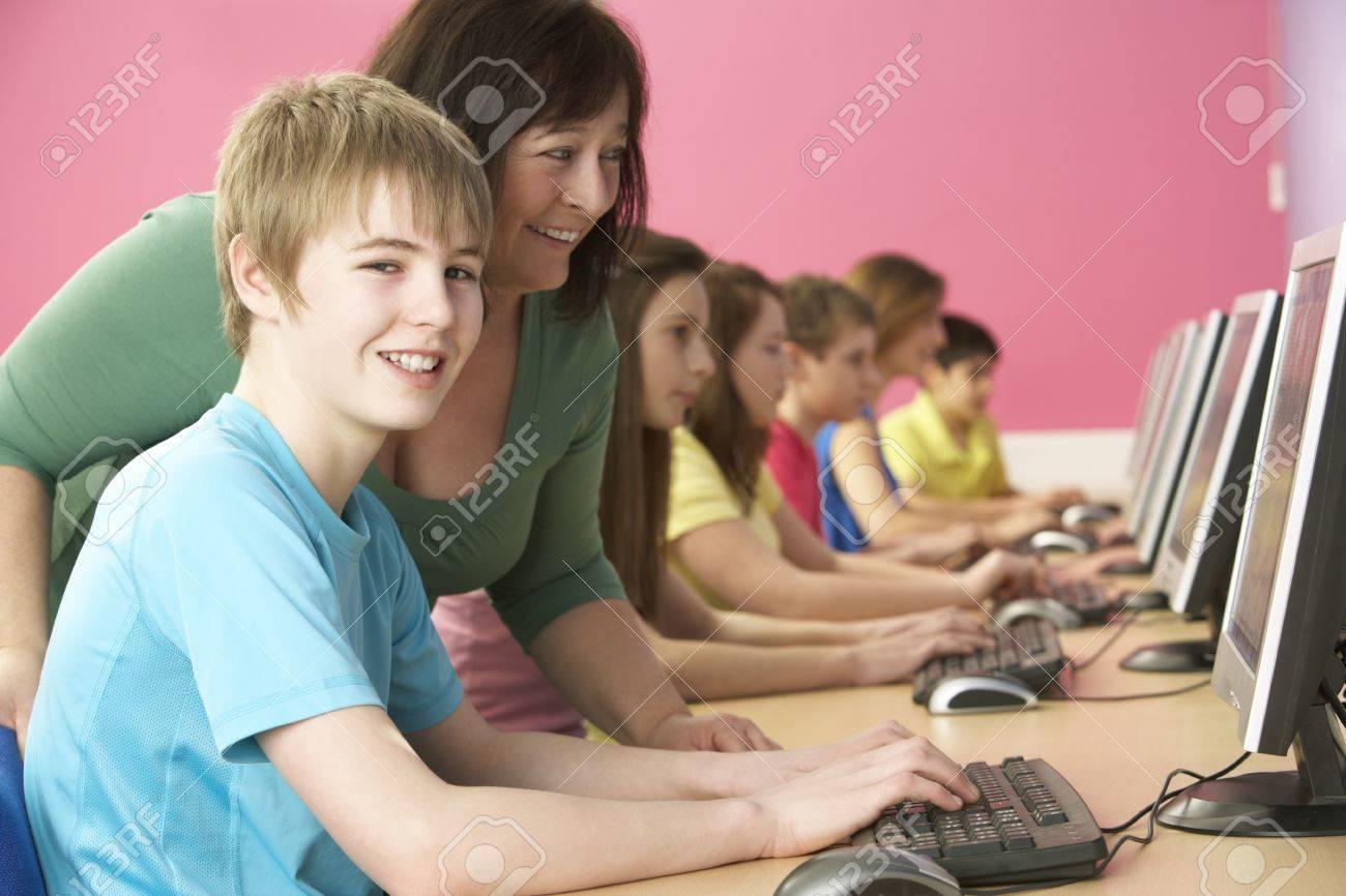 Секс на уроке информатики 1 фотография