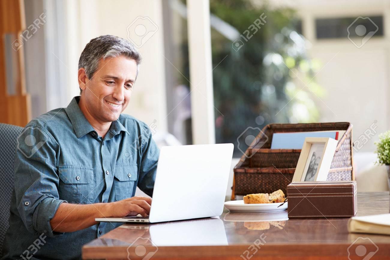 Rsultat de recherche dimages pour mature ordinateur