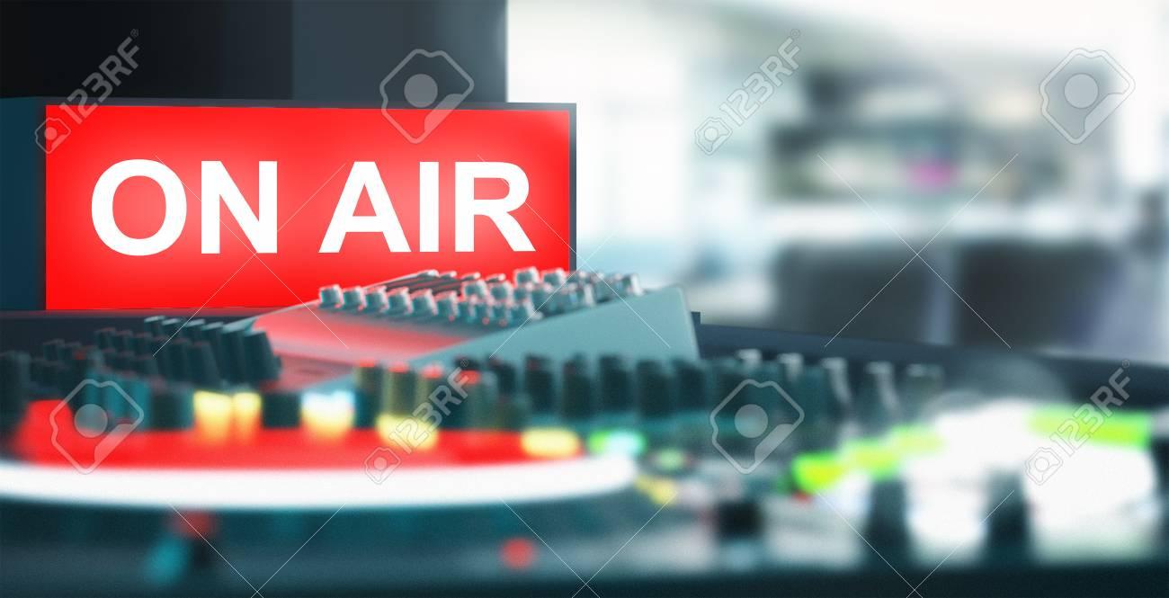 En El Símbolo De Aire Con Mezclador, Estudio De Grabación Fotos ...