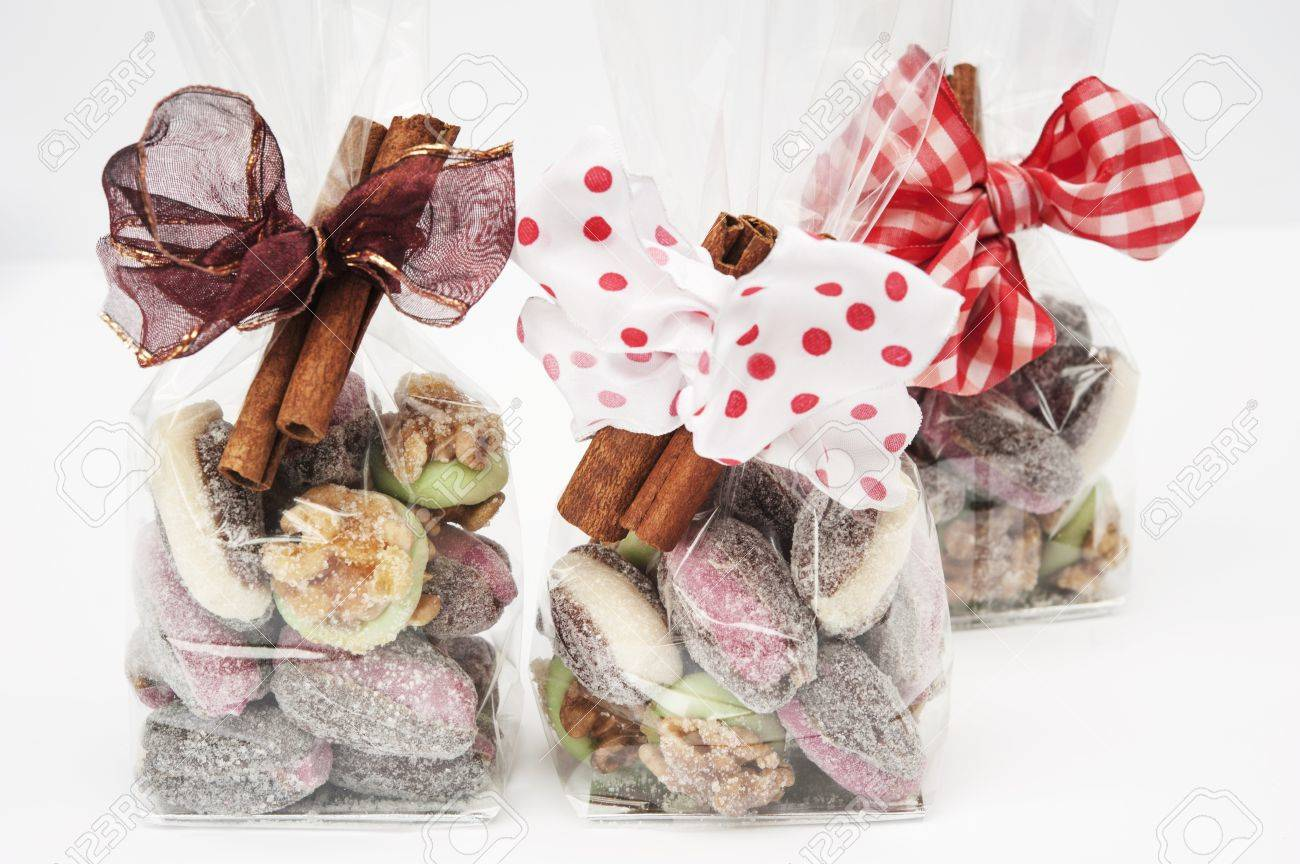 Christmas Cellophane Bags.Christmas Confectionery In Cellophane Bags As Gifts