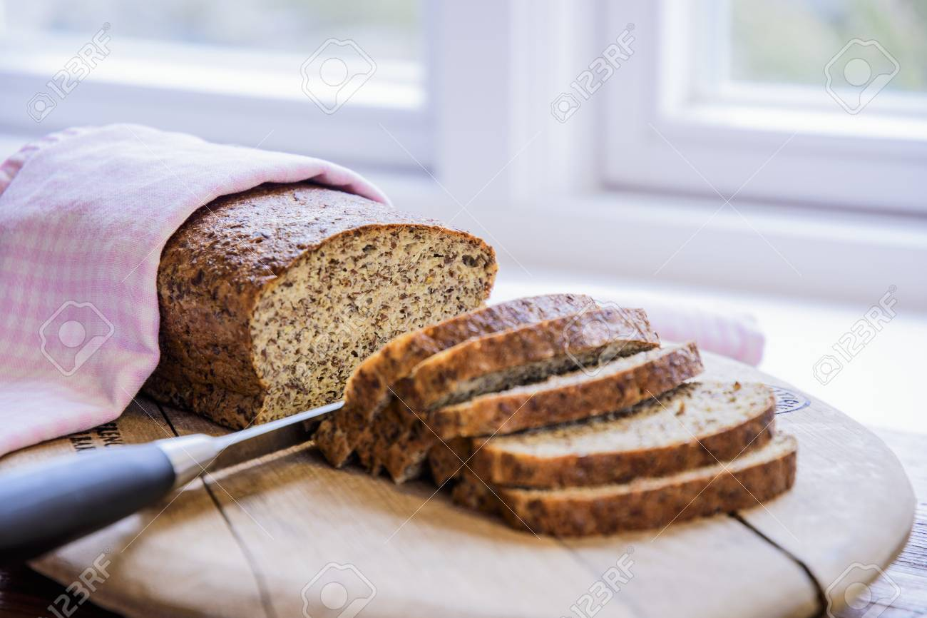A sliced loaf of low-carb bread