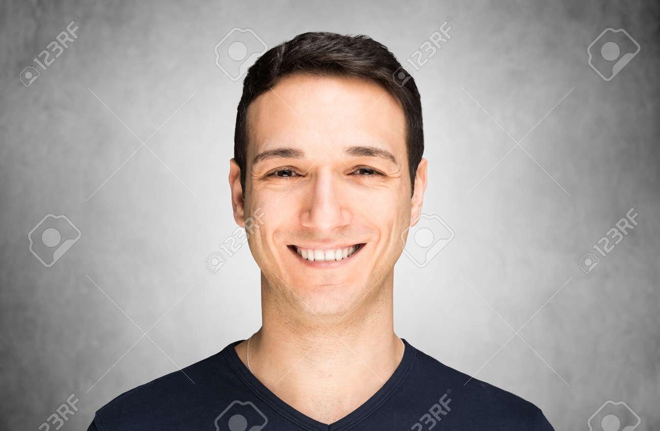 Man smiling - 154239638