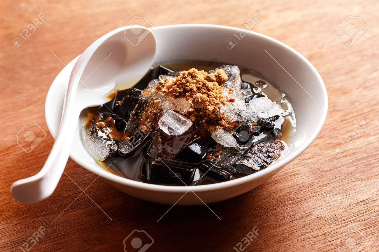 grass jelly dessert herbal gelatin syrup ice and brown sugar