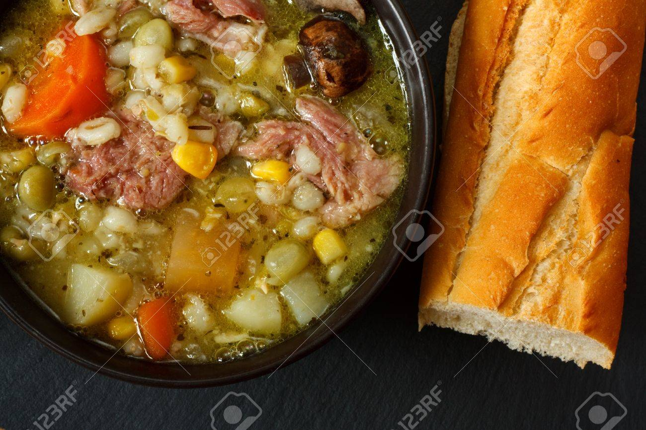 Bowl of ham stew with crusty bread Stock Photo - 14991830