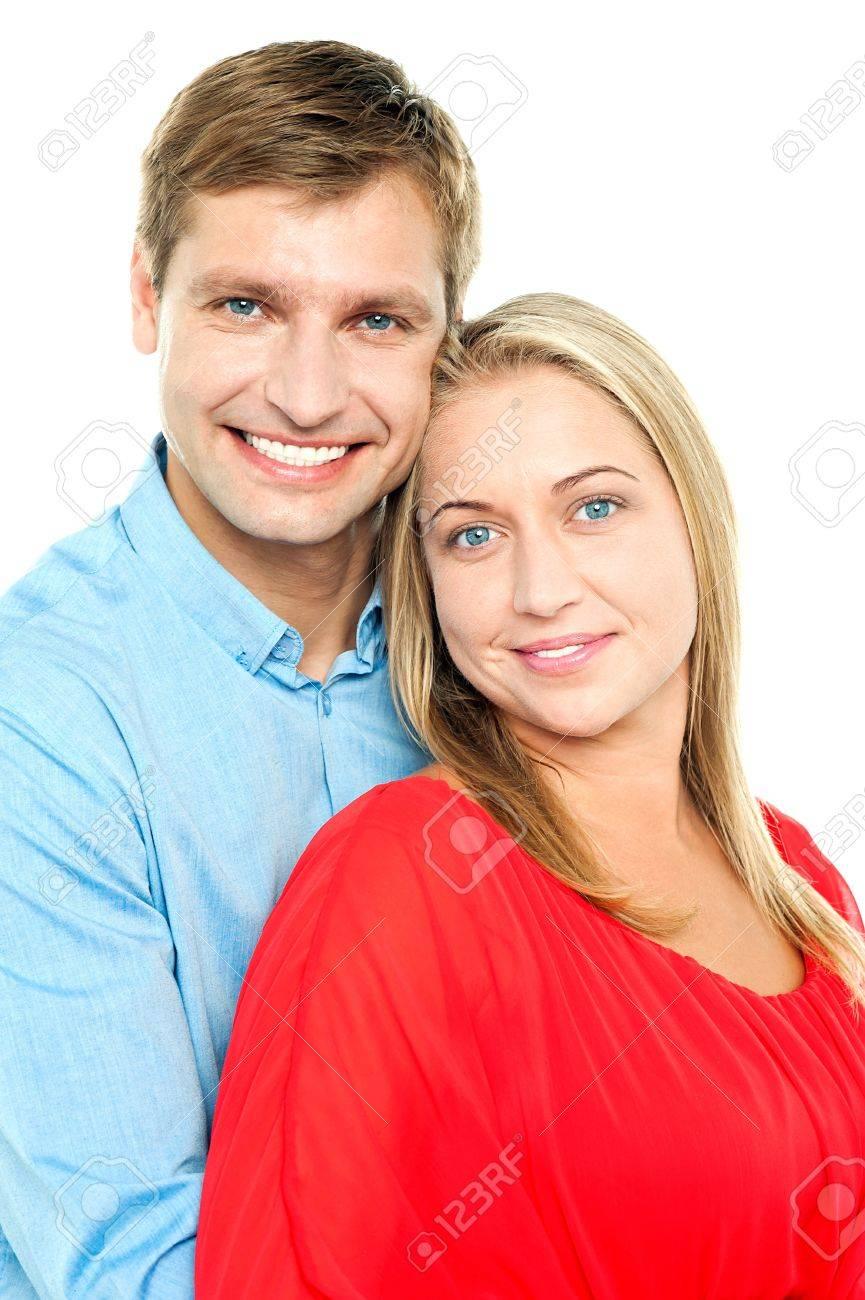 Plan De Profil D Une Jeune Couple Amoureux Adorable L Homme