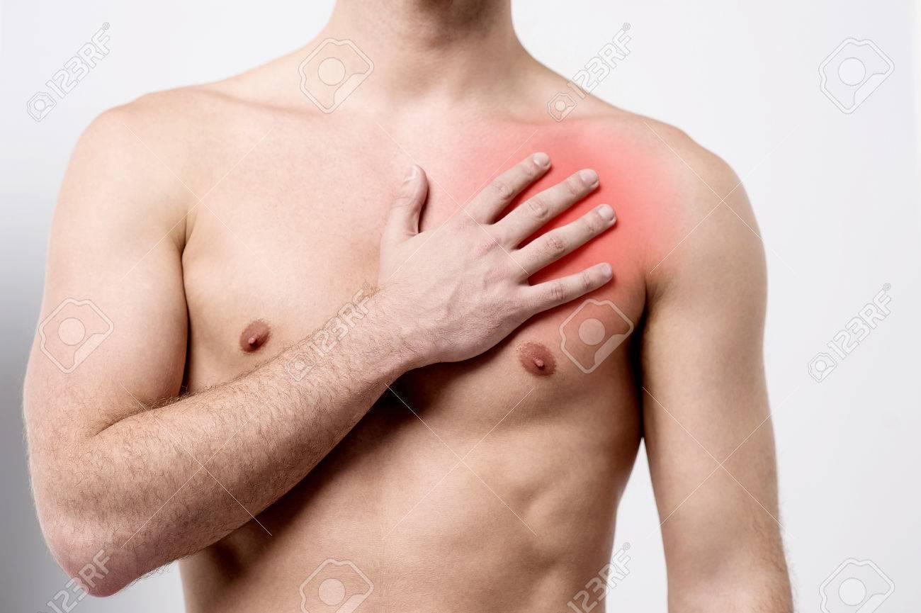 Männlich Leiden Schmerzen Auf Der Brust Muskel Lizenzfreie Fotos ...