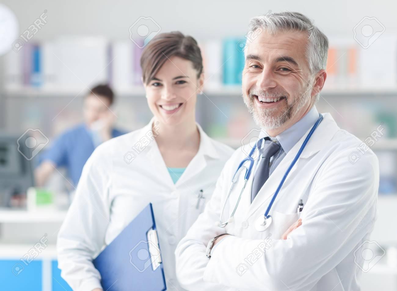Excelente Asistente De Salud Fotos - Anatomía de Las Imágenesdel ...