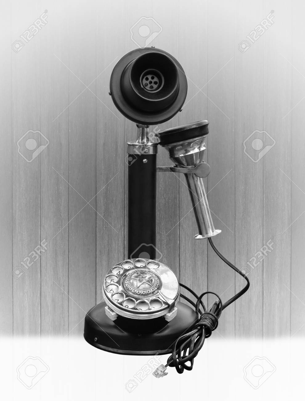 Telephone Vintage Sur Le Bois Raye Fond D Ecran Banque D Images Et Photos Libres De Droits Image 19821705