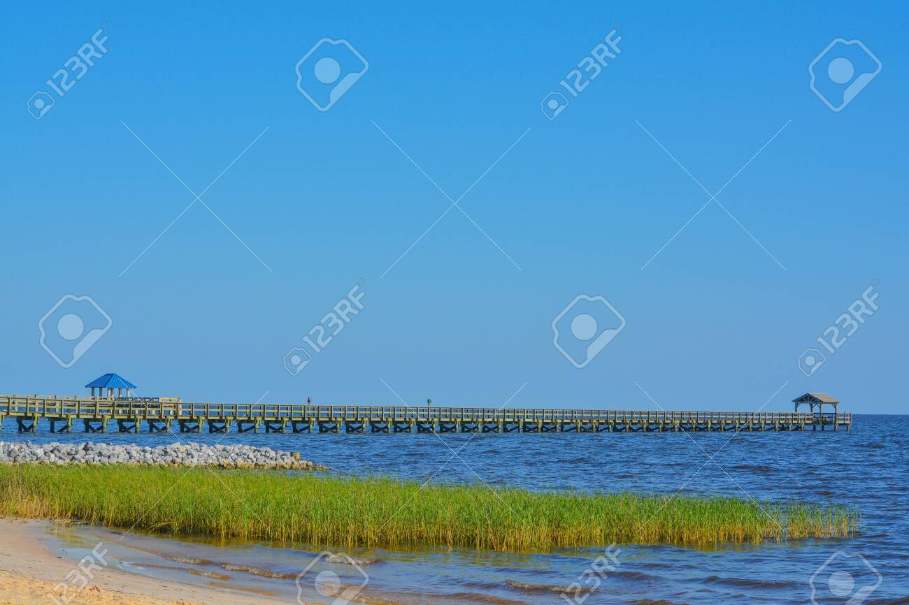 Fishing Pier On The Mississippi Gulf Coast Biloxi Gulf Of Mexico Stock Photo Picture And Royalty Free Image