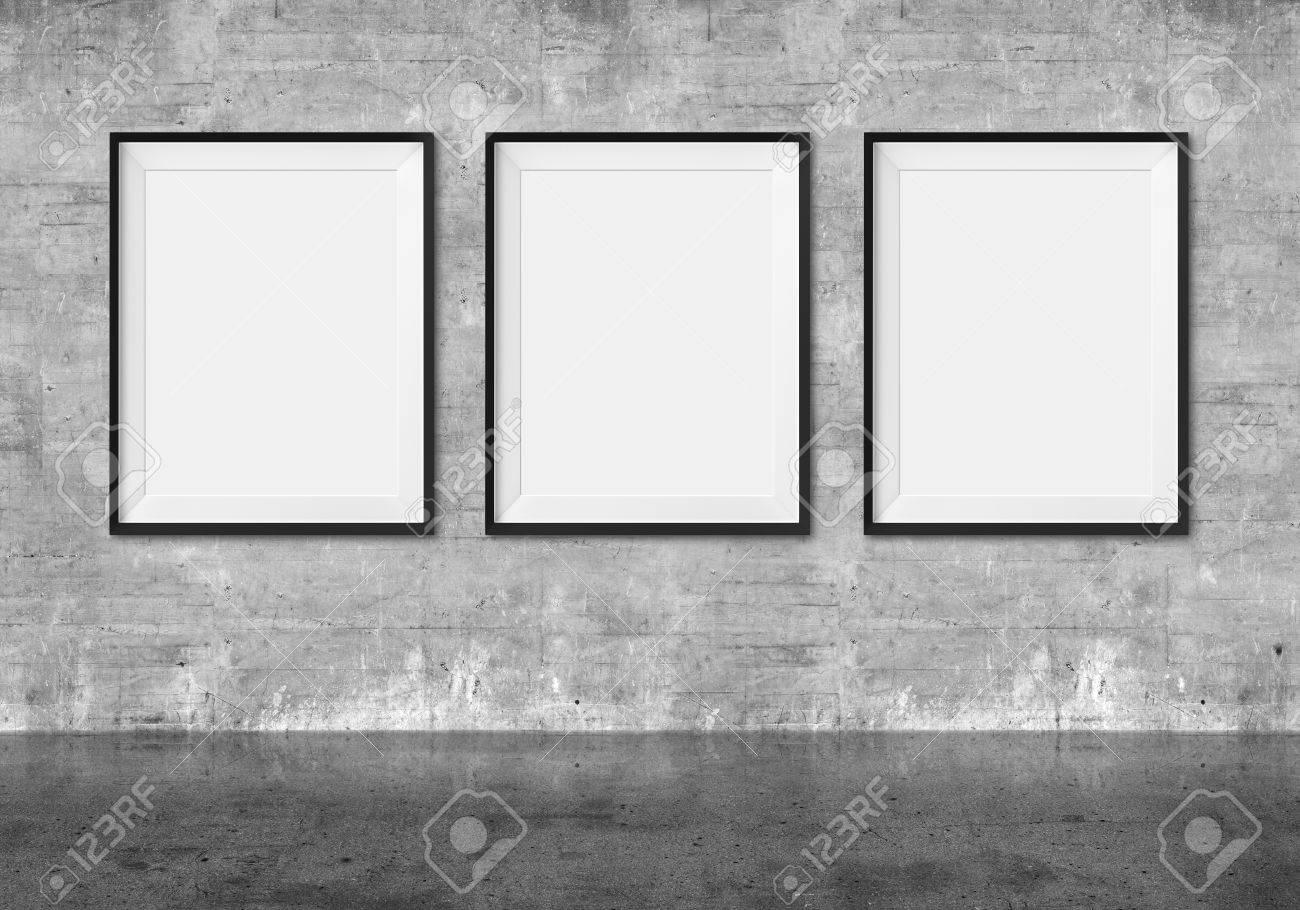 Galería De Arte. Marcos En Blanco Sobre Fondo De Pared Grunge. Fotos ...