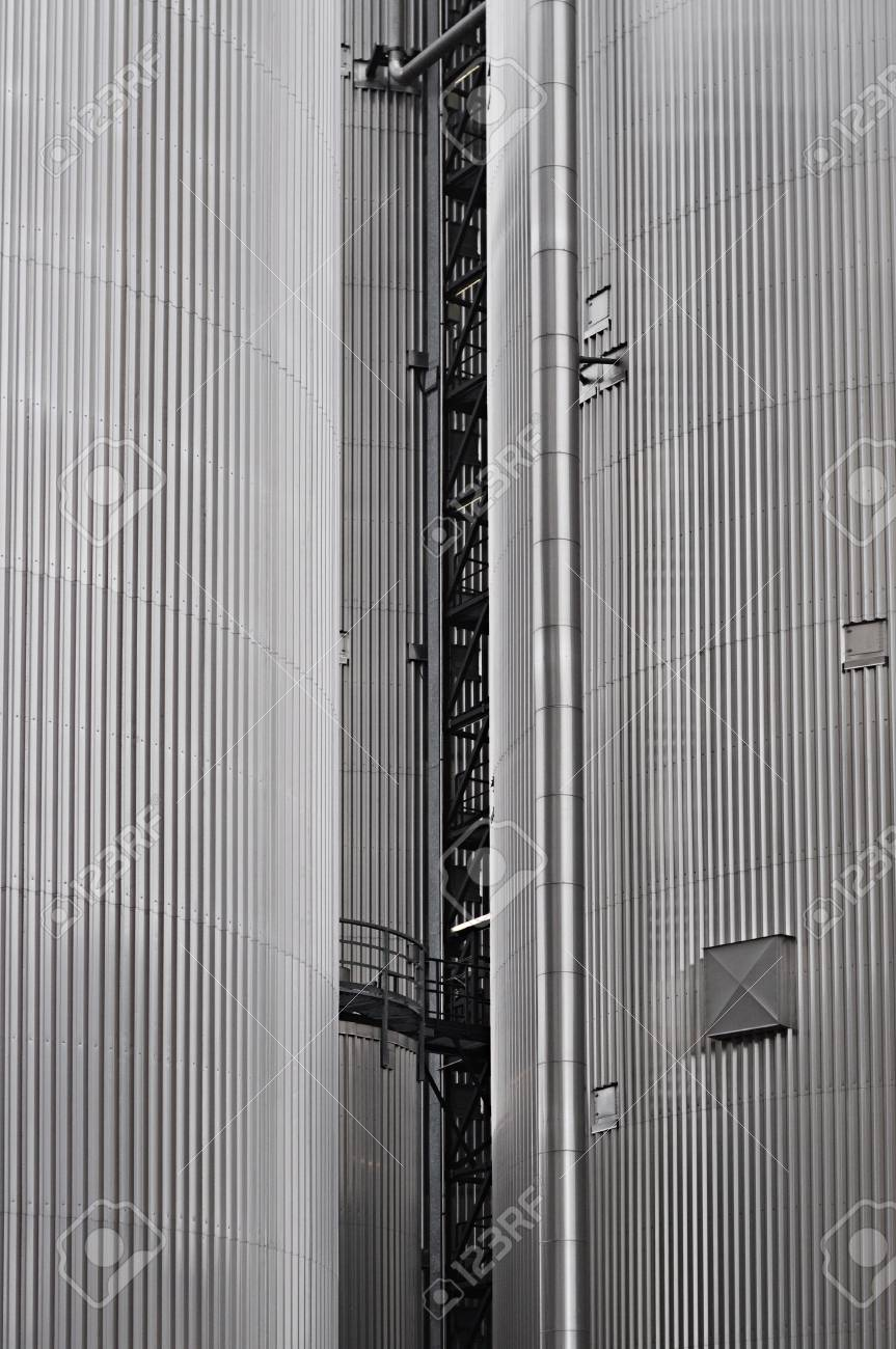 Cylindrical corrugated steel silo at a biomass power plant