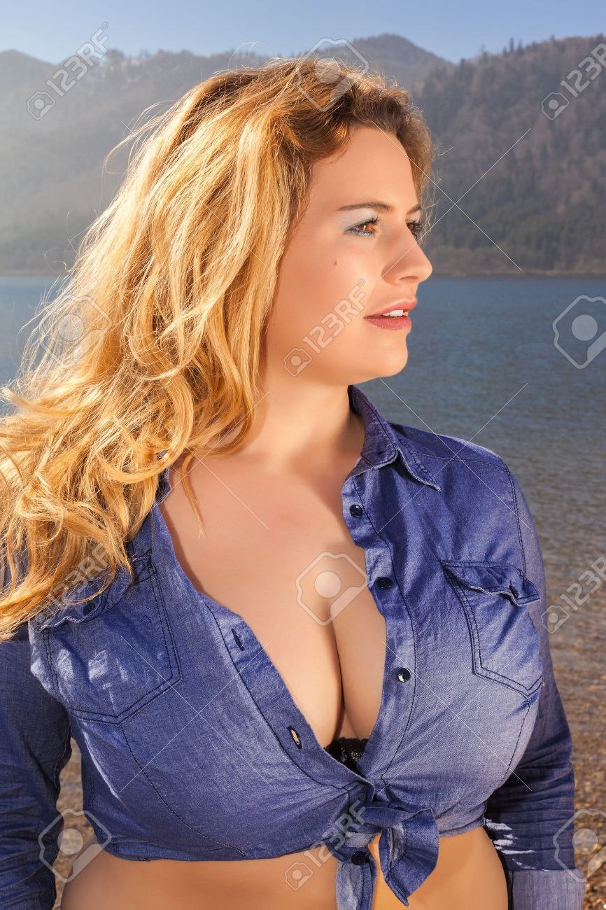 wunderschöne brüste große pic frau