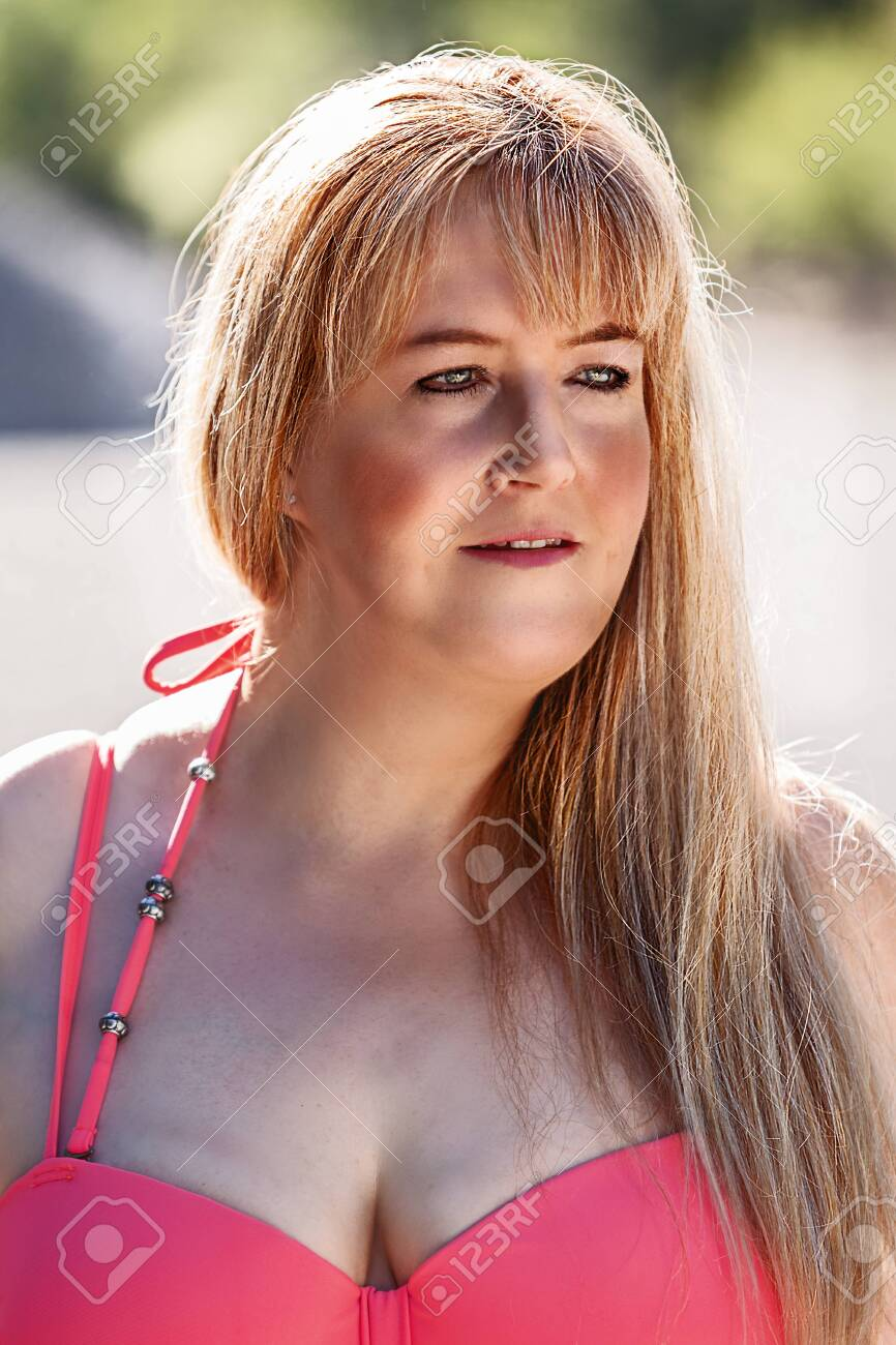 girlfriend blowjob big boob