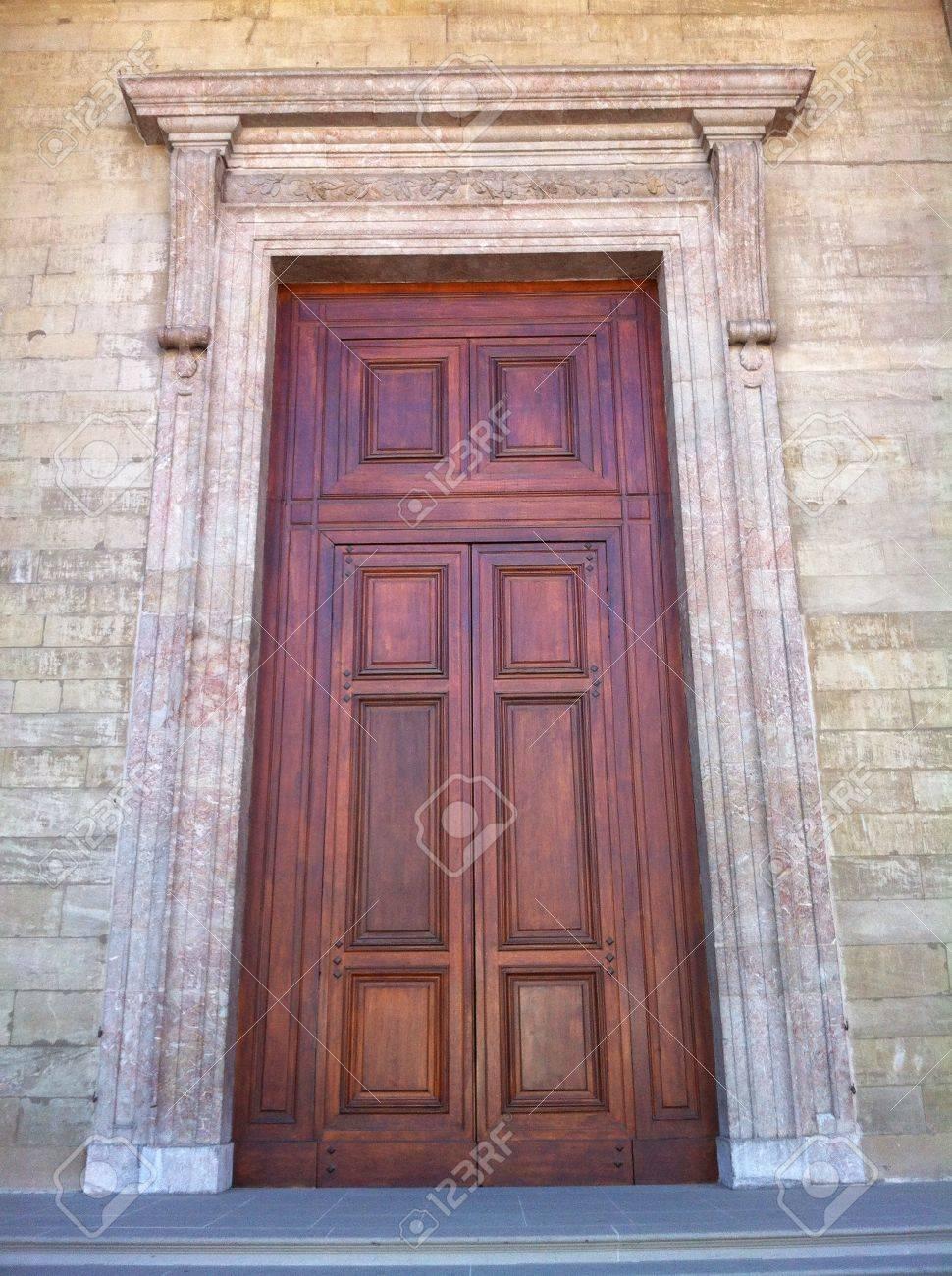 Huge woody texture door to the church old city Geneva Switzerland Stock Photo - 23440465 & Huge Woody Texture Door To The Church Old City Geneva Switzerland ...