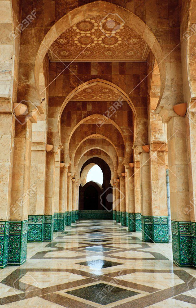 Casablanca, Morocco:  Intricate exterior marble and mosaic stone archway outside of Hassan II Mosque in Casablanca, Morocco. Stock Photo - 10067958
