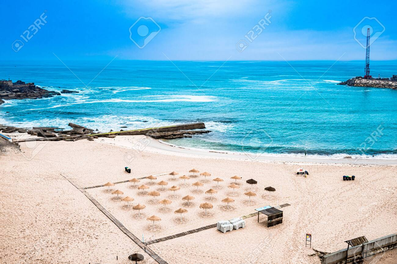 View on beach and atlantic ocean of Ericeira, Portugal - 143742078