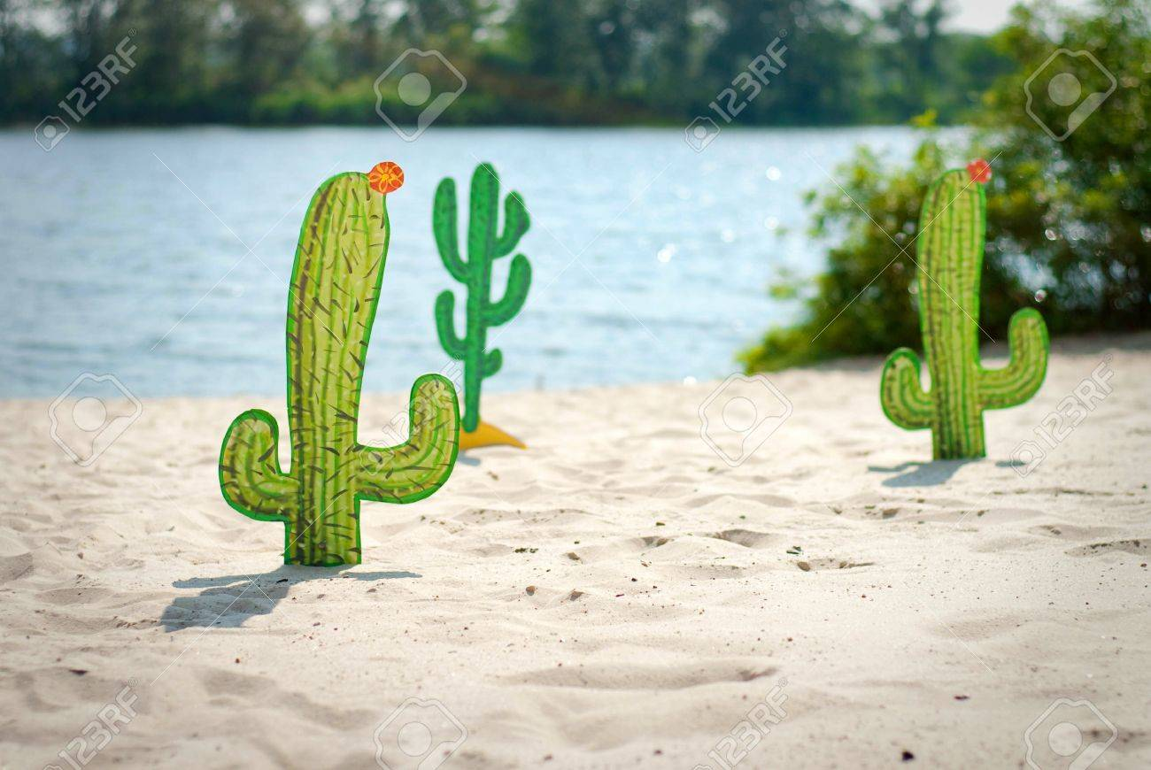 Funny cartoon cactuses in desert Stock Photo - 15407843
