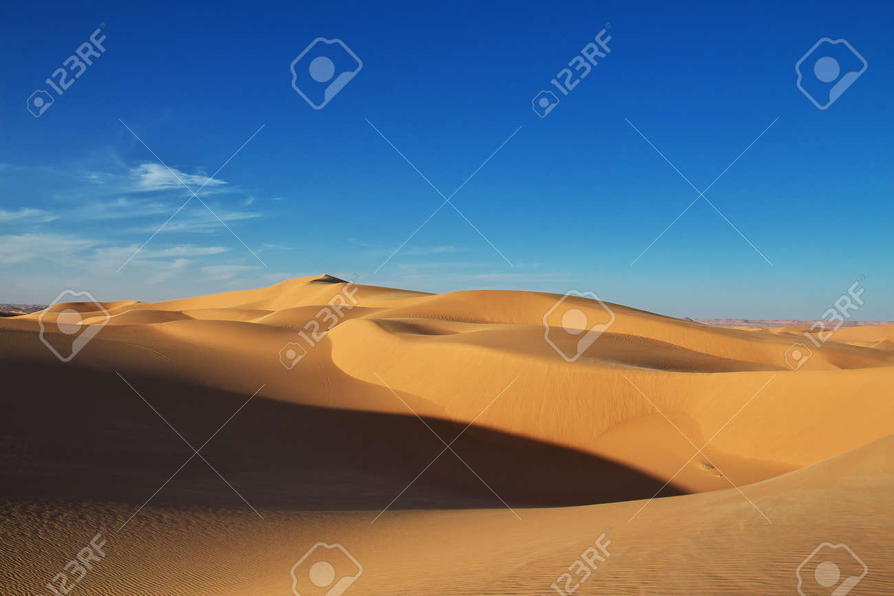 Dunes in the Sahara desert in the heart of Africa - 125697691