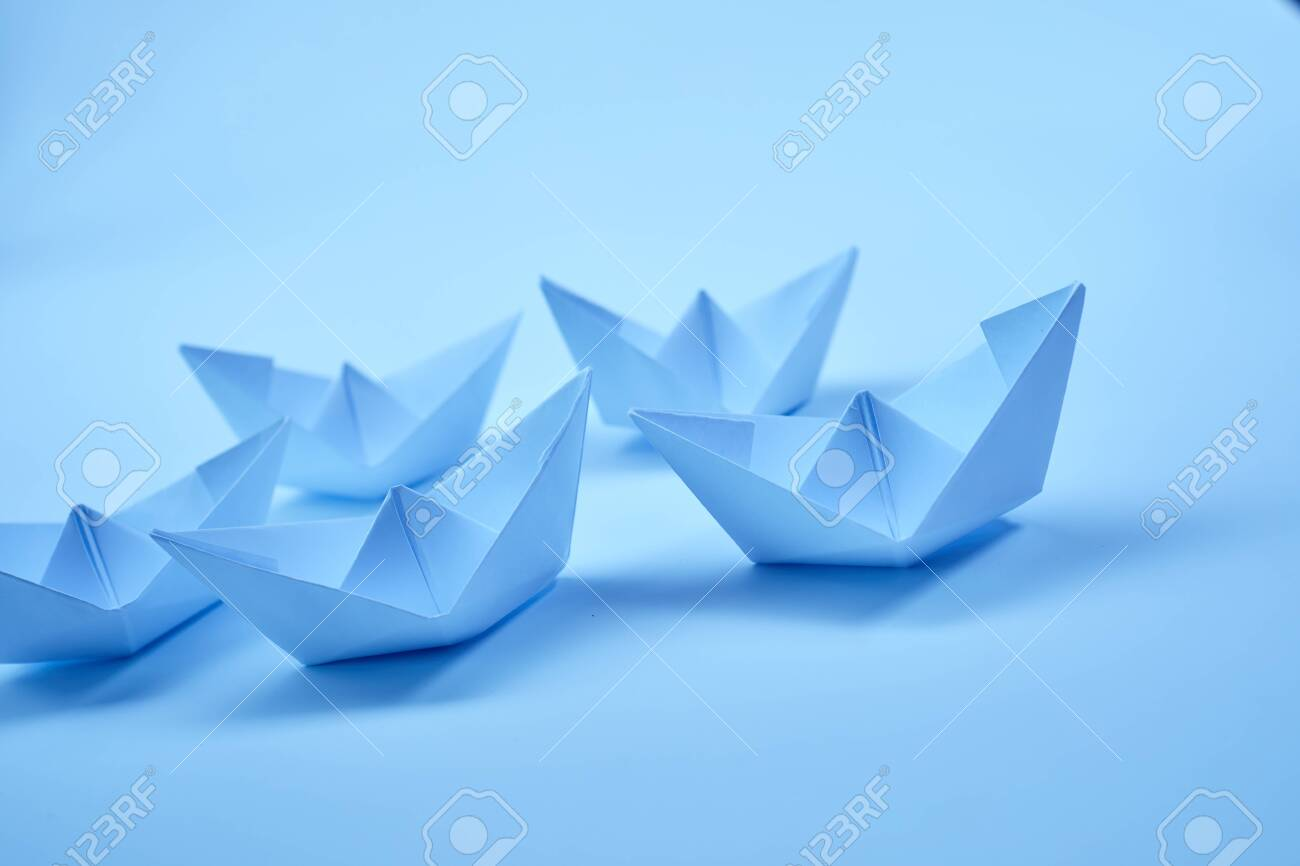 Paper boats - 129139003