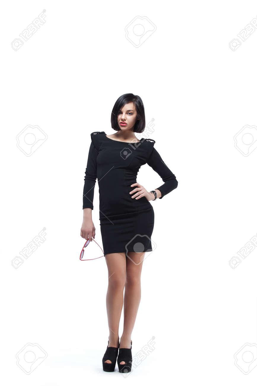 Vestido negro joven