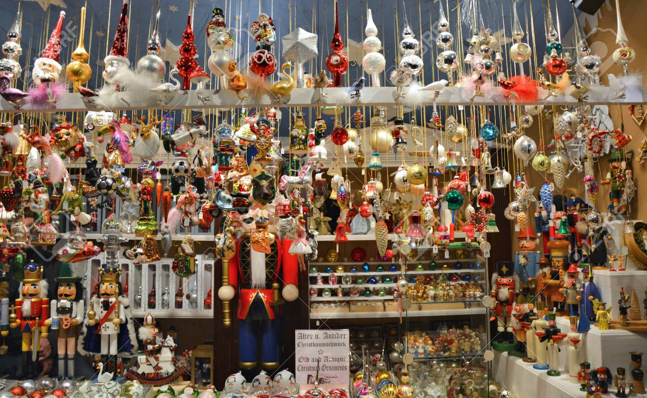 Beautiful Christmas Glass Ornaments Sell On Christmas Market