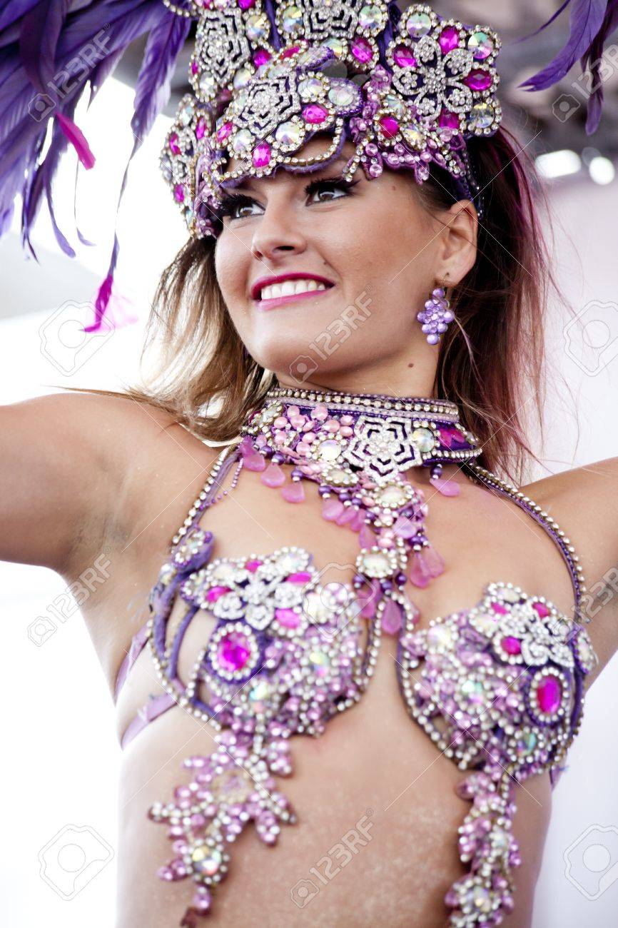 WARSAW, POLAND, September 8: Unidentified Carnival dancers on the 15th Pink Ribbon Walk against the Breast Cancer september 8, 2012 in Warsaw, Poland.  Stock Photo - 15156154