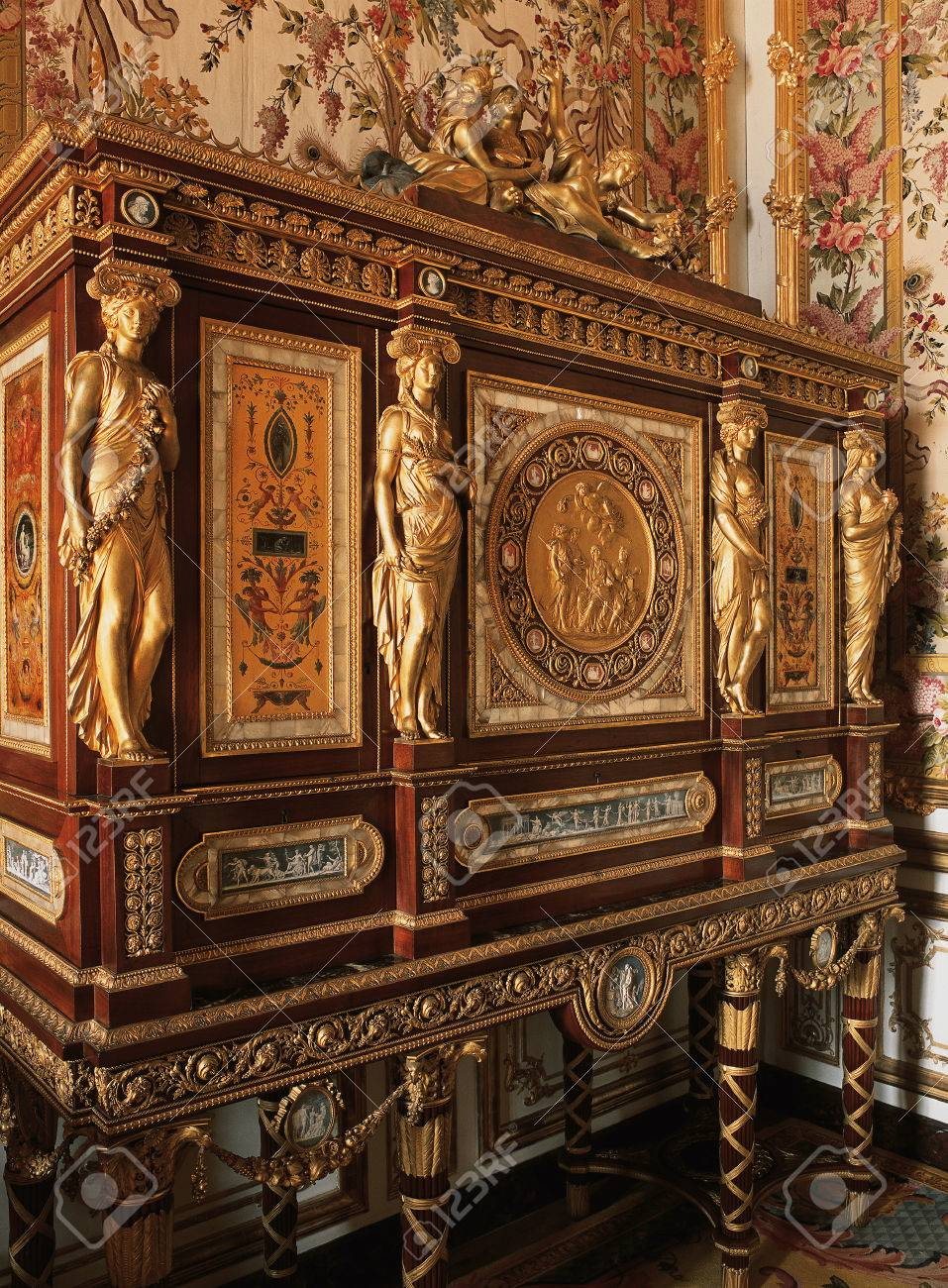 Versailles, France   13 August 2014 : Wooden Furniture In Queen Marie  Antoinette Bedroom At
