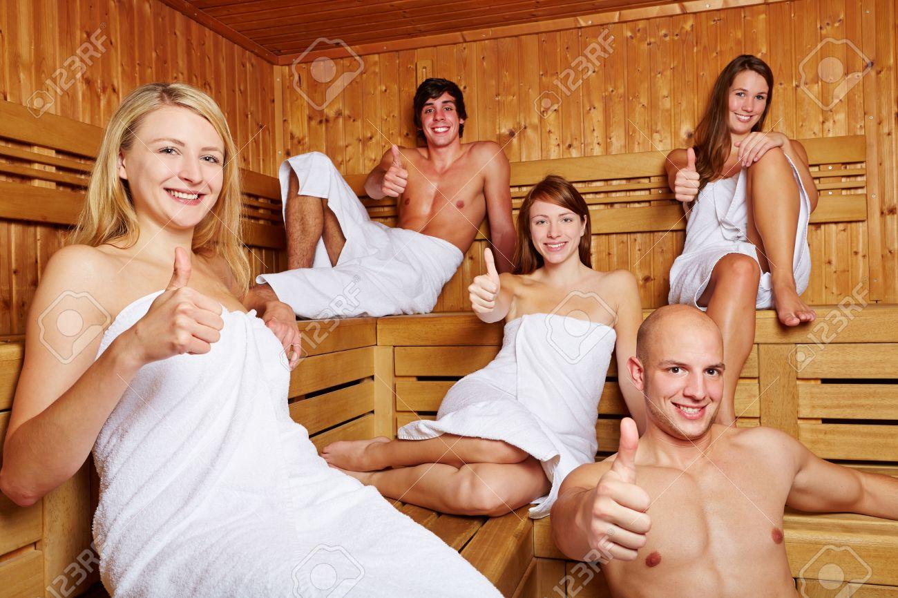 Русские девушки секс студентов оргии, Студенческие оргии: смотреть русское порно видео 24 фотография