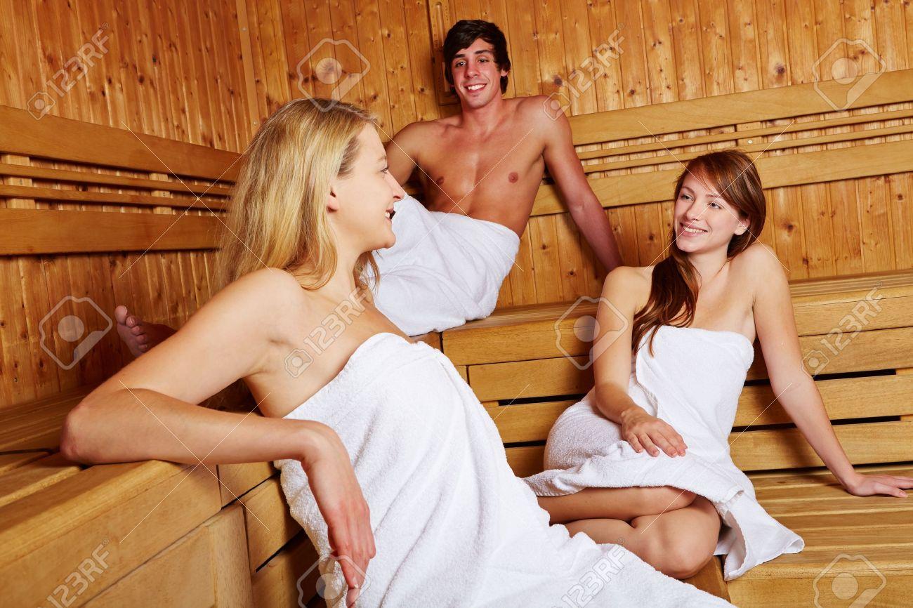 С тетей в бане фото @ bigobe.com