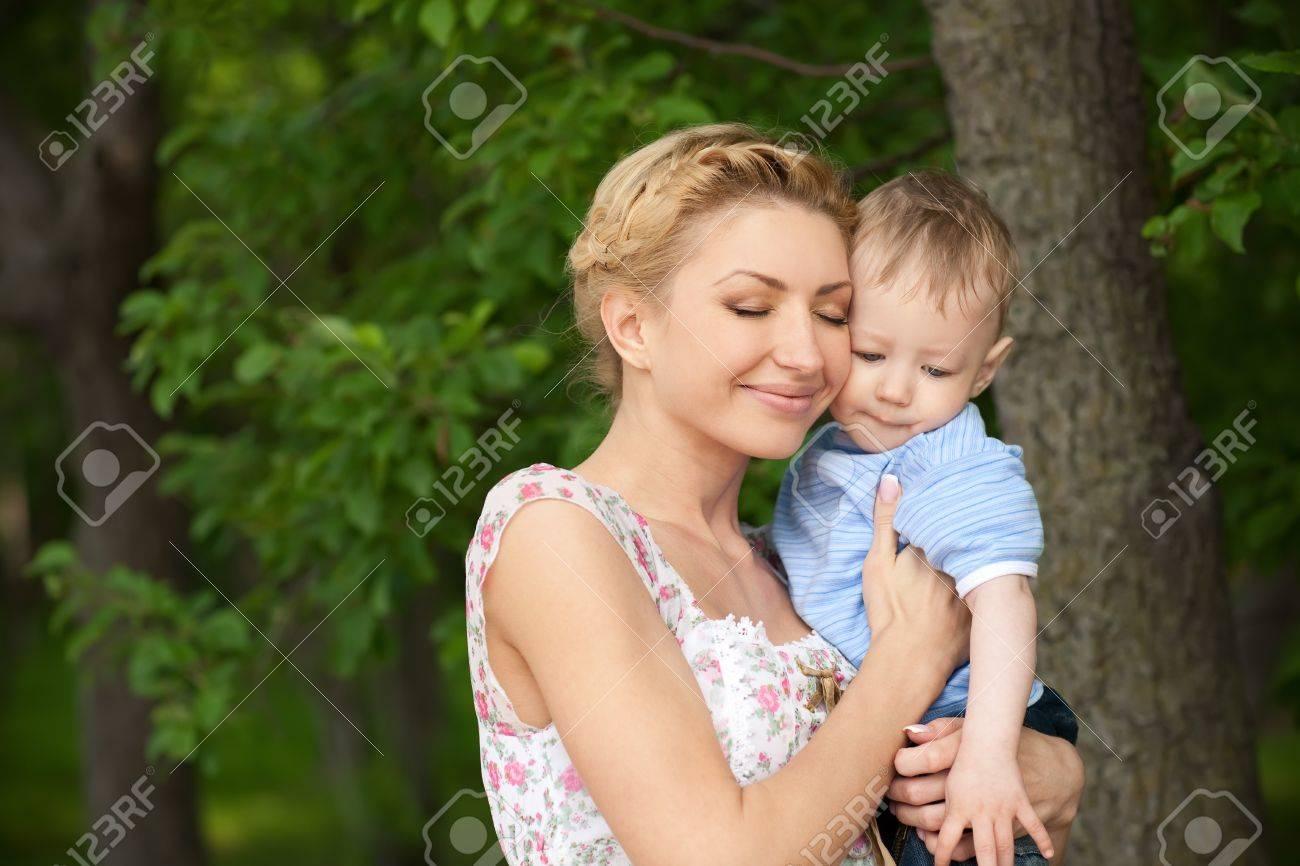Єбля мами з сином 10 фотография